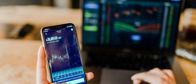 Copy trading; wat is het en werkt het? (13 tips)